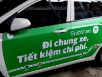 Transport Ministry requires Grab, Uber to stop ride sharing service